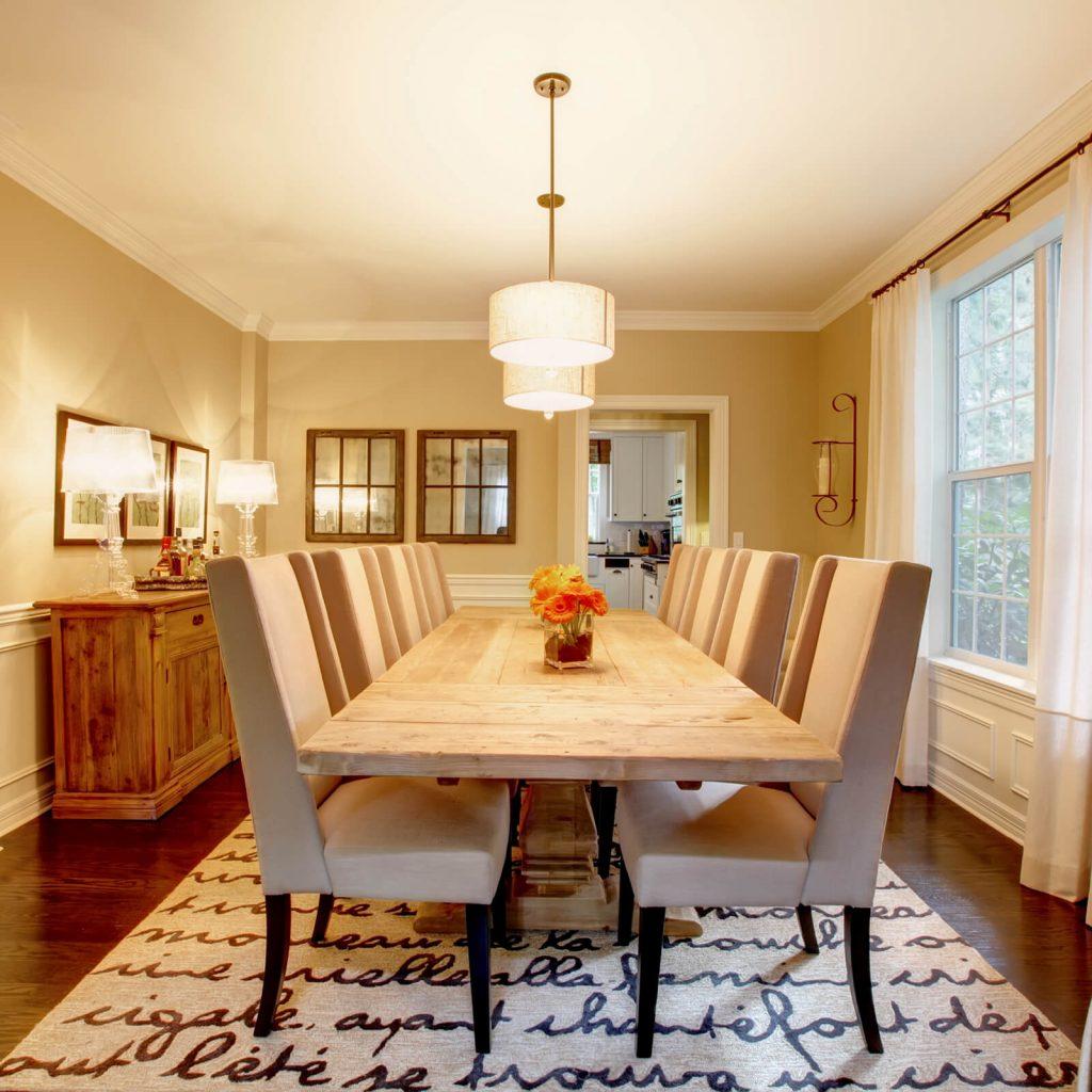 Choosing the Best Rug for Your Dining Room | Barrett Floors